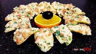 Закуска из морепродуктов на чипсах