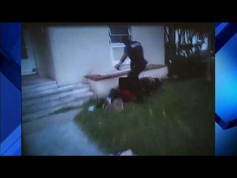 Was Miami police officer in the right to kick teenage girl i