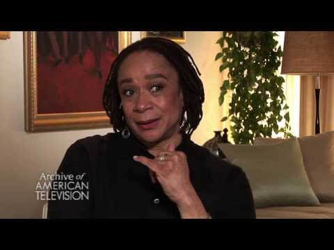 """S. Epatha Merkerson on """"Law &Order""""s transition from Orbach to Farina- EMMYTVLEGENDS.ORG"""