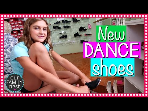 SHOPPING FOR NEW DANCE SHOES & FILMING BACK TO SCHOOL VIDEO