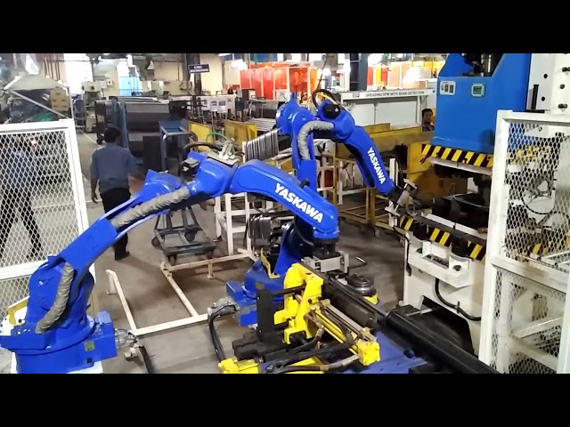 Auto tube bending cell with YASKAWA robots