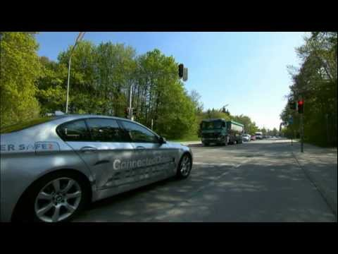 BMW Car to X Communication, Traffic Light Assistant