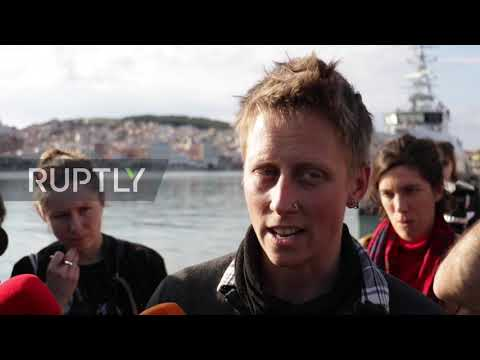 Greece: NGO boat with refugees allowed to dock at Lesbos port