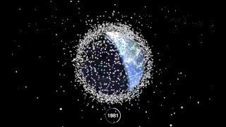 地球が見えない・・・1957年から現在まで58年間の地球を覆う宇宙ゴミの変化を可視化したタイムラプス動画