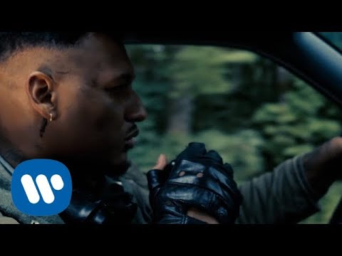 Laruzo feat. Pinai - Warte immer noch (Official Video)