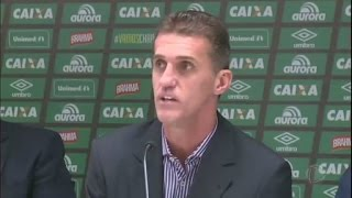 Após tragédia, Vagner Mancini assume comando da Chapecoense