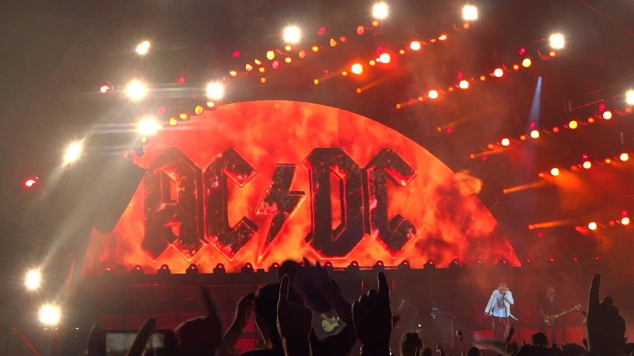 ac dc highway to hell live 9 june 2016 manchester youtube. Black Bedroom Furniture Sets. Home Design Ideas