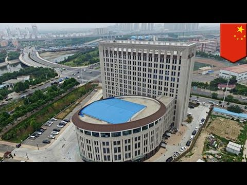 Toilet-like building for water conservation university built in Henan province, China - TomoNews