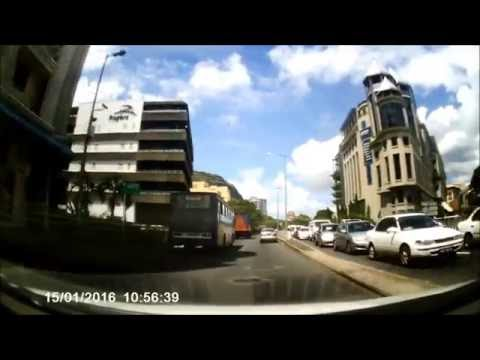Testing SJ4000 HD Cam on the road from Port Louis to Ebene in Mauritius -15/01/2016