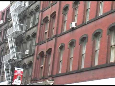 New York City - Video Tour of SoHo, Manhattan