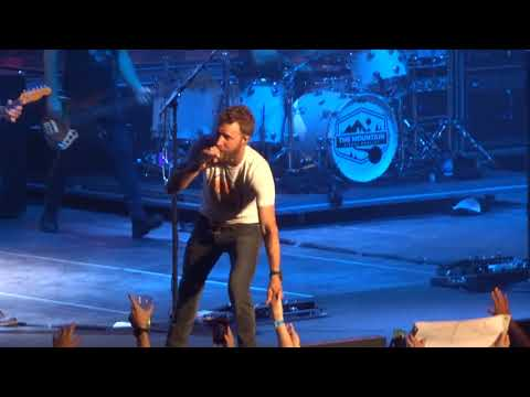 "Dierks Bentley in Kansas City ""Am I The Only One"" 6/09/18"