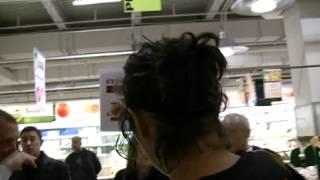 フランス、リ-ルのスーパ-Auchanでイスラエルボイコット運動2012年3月31日