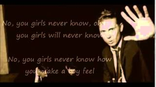 No You Girls- Franz Ferdinand (Lyrics)