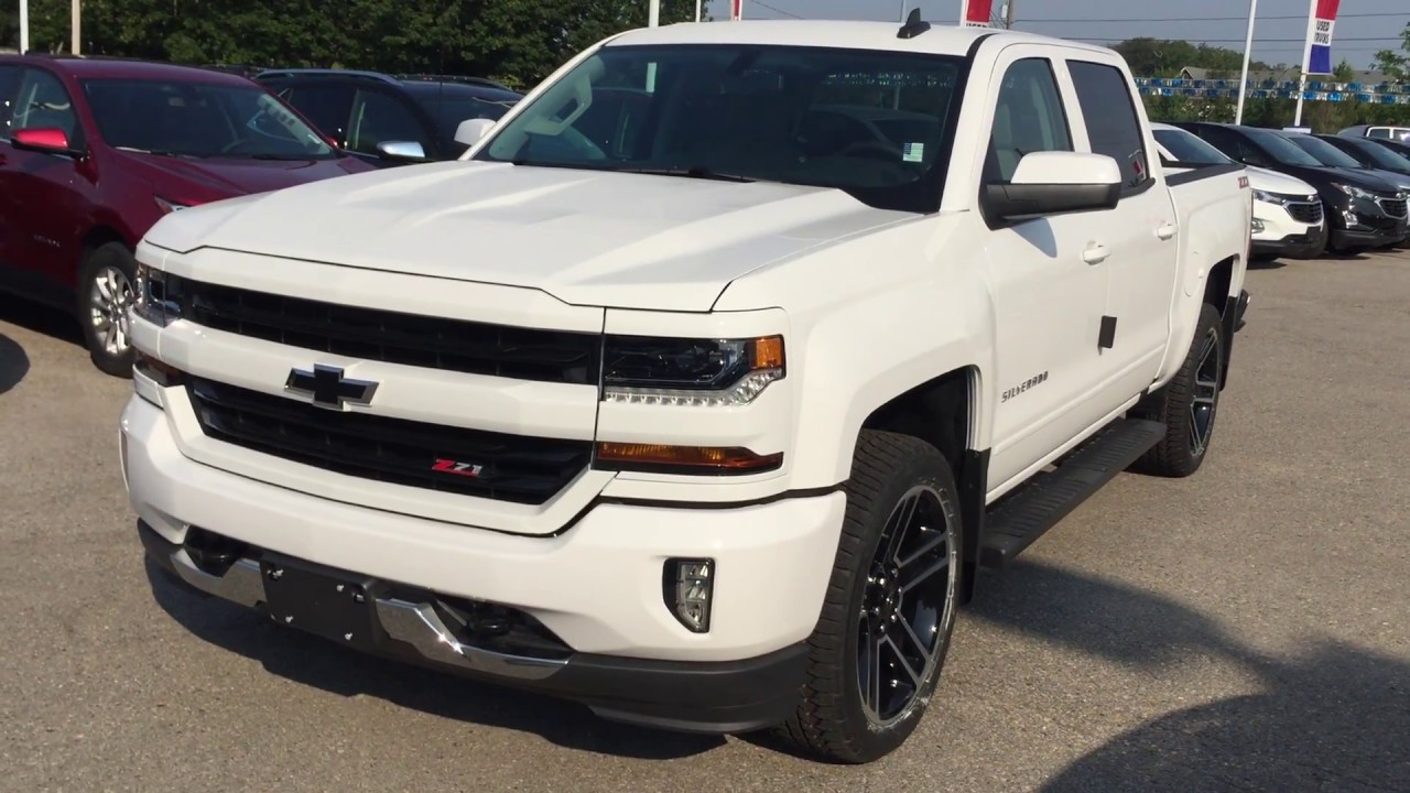 2017 chevrolet silverado 1500 lt z71 crew cab summit white roy nichols motors courtice on youtube. Black Bedroom Furniture Sets. Home Design Ideas