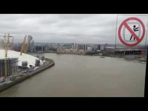 Emirates Cable Car (London: Greenwich Peninsular to Royal Docks)