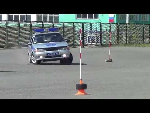 Видео фигурного вождения. Краснотурьинск. 02.06.2013/ Www.krasnoturinsk.info