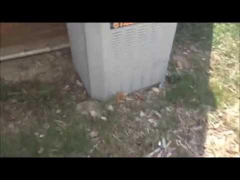 1999 Trane Xe1000 1 5 Ton 10 Seer Air Conditioner Running 2 Lg Window Units