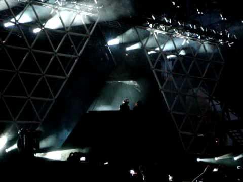 Daft Punk - Robot Rock (Live Lollapalooza 2007)