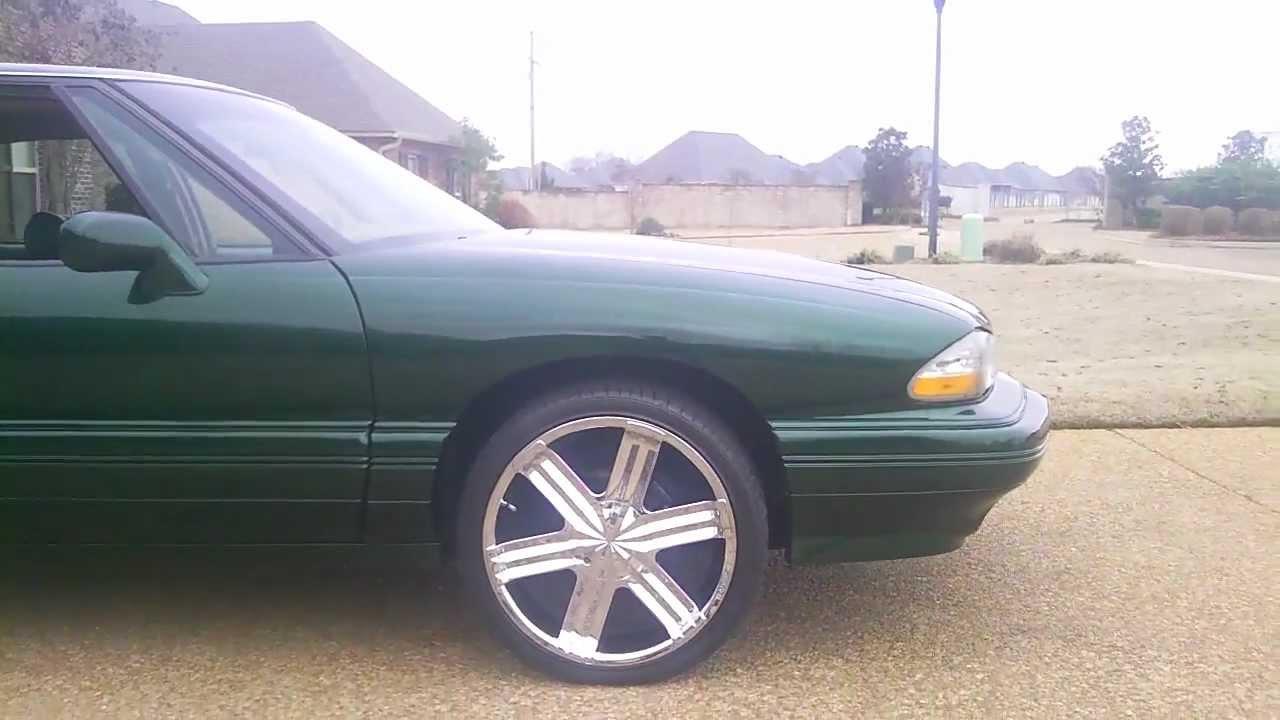 1993 Pontiac Bonneville On 20s