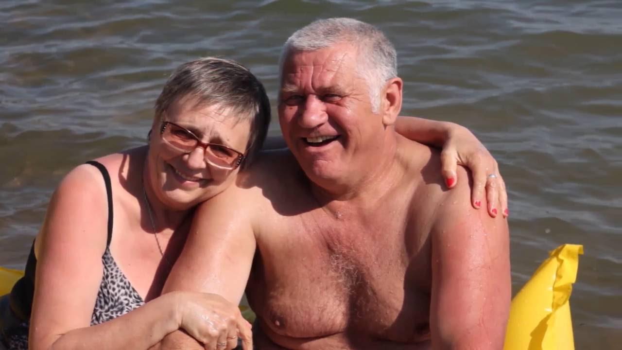 У родителей годовщина свадьбы.41 год вместе