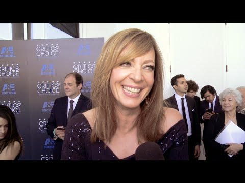 Allison Janney! Eden Sher! Critics' Choice Television Awards 2015!