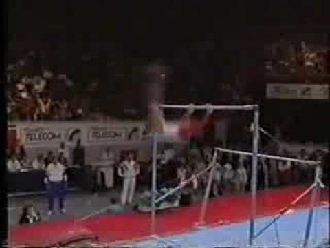 Betty Okino - 1992 Worlds Finals - Uneven Bars streaming vf