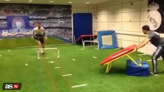 Sergio Ramos training to recover from injury