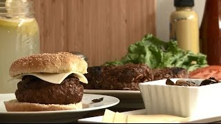 Grilling Recipes - How To Make Bacon Stuffed Burgers