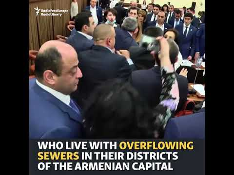 Fight Erupts At City Council Meeting In Armenian Capital