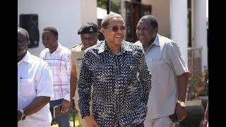 Mstaafu J.K, Diamond na wengine msibani kwa Dr. Mwakyembe