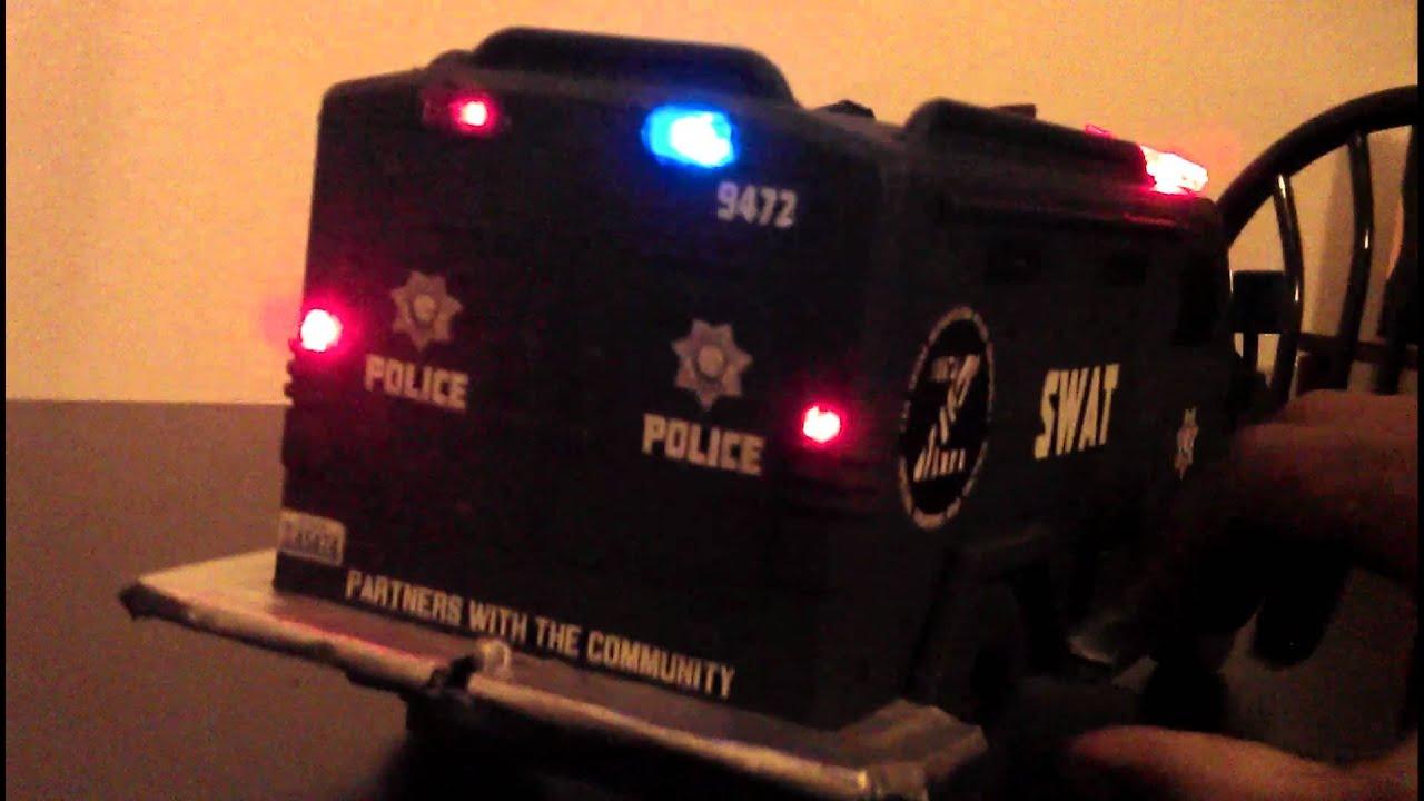 1 18 Las Vegas Metro Police Lvmpd Swat Lenco Truck Youtube