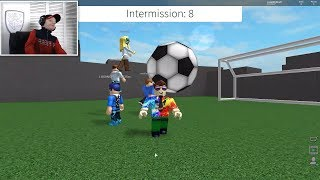Roblox Messi vs Ronaldo FIFA Kick Off.