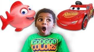 LIGHTNING MCQUEEN TURNED INTO A FISH! LEARN ZOO ANIMAL NAMES WITH GOO GOO COLORS EDUCATIONAL VIDEO