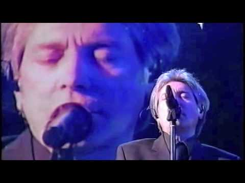 Nino D'Angelo A storia 'e nisciuno Sanremo 2003