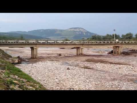 Прибытие воды. Река