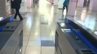 神戸高速鉄道 高速神戸駅の自動改札機を通過した風景  Scenery via the automatic ticket gate of   Kosoku-Kobe Station