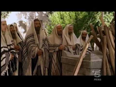 La sacra famiglia scena 1 youtube - La famiglia e lo specchio in cui dio si guarda ...