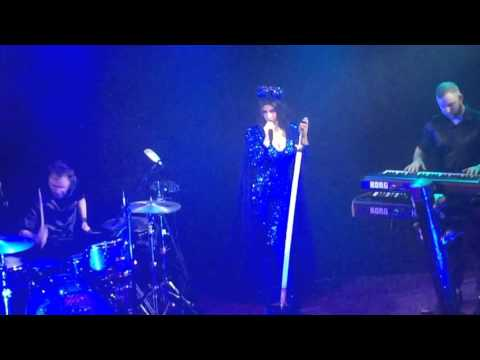 Marina and The Diamonds Froot Dublin