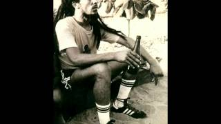 Bob Marley - Wake Up and Live (Legendado)