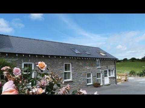 Holiday Cottage For 6 - Aberystwyth Accommodation