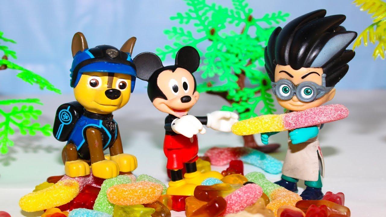 Щенячий патруль Мультик для детей Микки Маус и конфеты ...