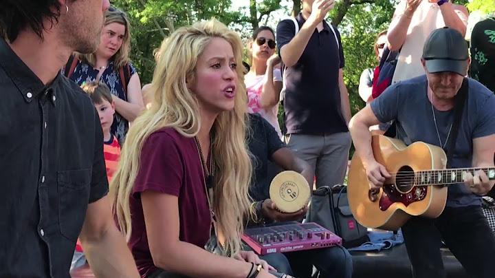 shakira  chantaje live in washington square park  en vivo en washington square park