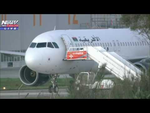 FNN 12/23 LIVESTREAM: Minnesota Vikings Plane Slides Off Runway; Political News