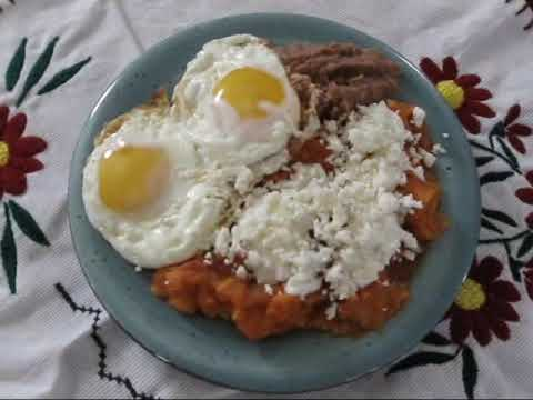 Chilaquiles Rojos * video 15 * - YouTube