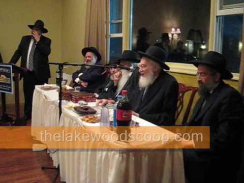 Torah Vodaath Reception Rabbi Belsky Answering Yichud Question