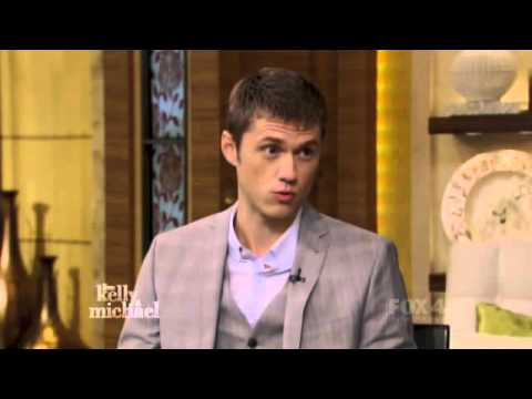 Live! with Kelly and Michael - Aaron Tveit (Full Interview)