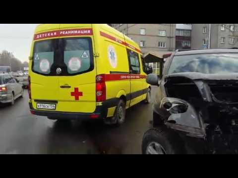 Серьезное ДТП на Жуковского