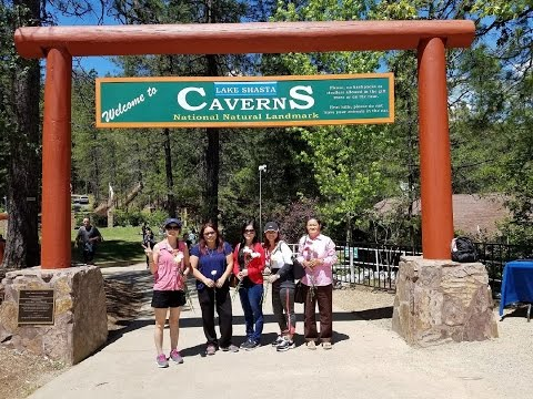 Iu Mienh.Lake Shasta Caverns. Iu Mienh in California. Mother
