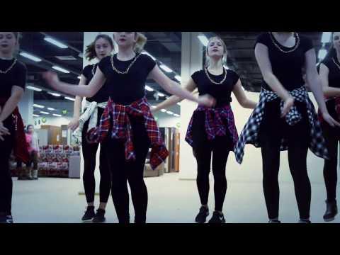 Смотреть клип CITY DANCE в ТЦ РИО  группа Джаз-Фанк наставник Назарова Ольга онлайн бесплатно в качестве