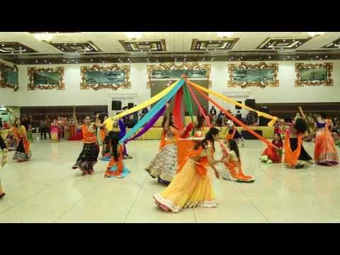 GARBA- DUPATTAS- GUJARAT FOLK- MEETHE RAS SE BHARI- RITU'S DANCE STUDIO, SURAT.
